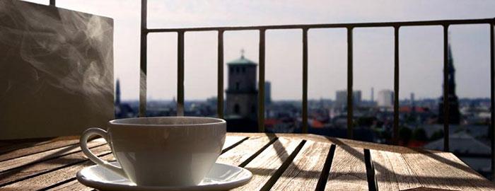Kaffe på altan